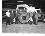Group_Photograph_Around_Tire